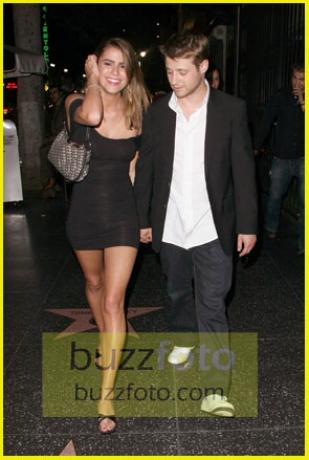 Benjamin Mckenzie Girlfriend 2013